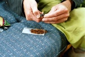 Joints sind krebserregender als Tabakzigaretten - Foto: pixelio.de